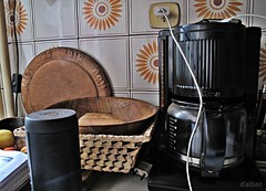 Útiles (Franco D´Albao) Tags: canonpowershotg10 francodalbao dalbao aparatos útiles cocina kitchen cosas things cafetera