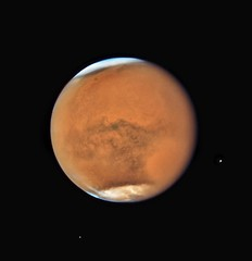 Stormy Mars in opposition in 2018 (europeanspaceagency) Tags: mars esa europeanspaceagency space universe cosmos spacescience science spacetechnology tech technology milkyway solarsystem planets planet planetary hst hubble hubblespacetelescope redplanet opposition