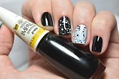 Desafio das 31 unhas #7 - Preto e branco. (Raíssa S. (:) Tags: esmalte black unhas nails naillacquer nailpainting nailpolish white branco preto nikon impala dote glitter creamy cremoso desafiodas31unhas nailart