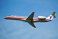 Envoy American Eagle ERJ-140LR (Infinity & Beyond Photography) Tags: envoy american eagle erj140lr air airlines embraer regional jet aircraft airplane airliner charlotte airport clt planes