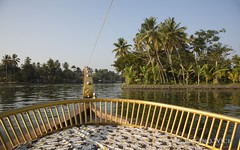 Kerala Alappuzha (Rolandito.) Tags: inde india kerala backwater boat view alappuzha aleppey backwaters