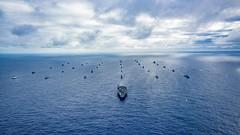 180726-N-CW570-2410 (U.S. Pacific Fleet) Tags: rimpac rimofthepacific usnavy maritime hawaii strengtheningpartnerships largestmaritimeexercise rimpac2018 groupsail formation photoex photoexercise pacificocean