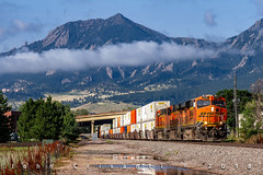 Flatirons Q-Train (Colorado & Southern) Tags: bnsfrailway bnsf bnsfes44c4 gees44c4 gees44dc gec449w intermodal intermodaltrain trains train railfanning railroad railfan railway railroads railroading rockymountains rail rr railroadtrack colorado coloradorailroads coloradotrains