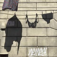 Trastevere (Pensiero) Tags: appesi hang finistra window clothes panni dry trastevere rome roma