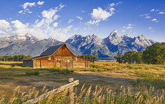 Historic Barn at Teton NP (swissukue) Tags: barn historic tetonnp usa wyoming sonya9
