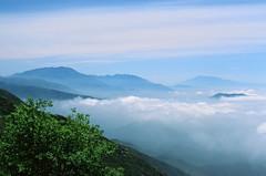 Clouds on the Rim of the World (edwardcgonzales) Tags: velvia velvia50 fuji fujifilm slidefilm film 35mm analog 50mm 50mmf14 canonfd50mmf14 canonfd 50mmf18fd