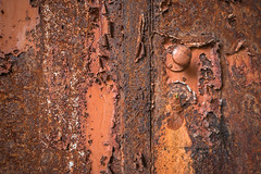 life in the keyhole (kapete) Tags: rust textur