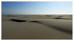 Seadesert (Sam H. Maas) Tags: sea meer sand wüste desert himmel sky panorama outdoor ausen sonne sun blau blue northsea nordsee