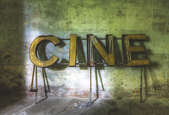 'Cine' (Timster1973 - thanks for the 16 million views!) Tags: italy italian italianurbex urbex ue tim knifton timster1973 timknifton derelict decay urban urbanexploration exploration explore eurotour canon europe color colour europeanurbex urbandecay abandoned abandon abandonment forgot forgotten forgottenplaces neglect neglected decaying decayed dereliction urbanwandering exploring old still silent left leftbehind abandonedplaces abandonedspaces explorers room sign interior internal cinema cine theatre