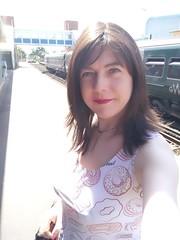 Training day (Joanne (Hay Llamas!)) Tags: transgender shemale genderfluid genderqueer tg brunette tgirl gurl cute uk brit british britgirl joanne hayllamas train gwr wokingham