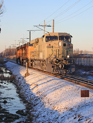 The only snow (GLC 392) Tags: union pacific ge es44ac gevo rio tinto snow test track erie pa pennsylvania harbor creek early morning over head wire 8172 5696 5698 ac45ccte es44dci railroad railway train