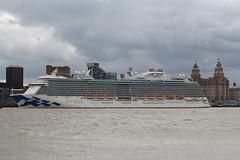 Royal Princess (das boot 160) Tags: royalprincess clt cruise cruiseliner cruising ships sea ship river rivermersey port docks docking dock boats boat mersey merseyshipping maritime