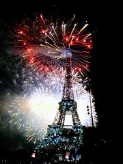 TOUR FINALE (marsupilami92) Tags: france frankreich îledefrance 75 paris capitale toureiffel fêtenationale champdemars nuit 14juillet feudartifice 7emearrondissement