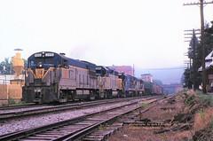 (SEE & HEAR)--DH 2313-7601-2312-2304, NE-87, Emmaus, PA. 7-22-1978 (jackdk) Tags: train railroad railway locomotive ge gelocomotive geu23b u23b uboat dh delawareandhudson seeandhear seehear emmaus emmauspa reading readingline readingrailroad rdg standardcab