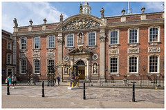 Worcester: Guildhall, 1721-23 (all you need is light) Tags: worcester worcestershire guildhall