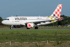 Volotea / A319 / EC-MUC / LFRS 03 (_Wouter Cooremans) Tags: nte nantes spotting spotter avgeek aviation airplanespotting volotea a319 ecmuc lfrs 03