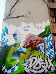 Street Art in East Village, NYC (Clara Ungaretti) Tags: graffiti art arte artist wall lizard color colorido colors up inspirations eastvillage village nyc ny usa us unitedstates newyorkcity city newyork urban street urbanart streetart manhattan architecture building design graphic