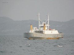 """Vaggasvarre"" (OlafHorsevik) Tags: vaggasvarre bjørklids ferge ferga ferry ferja ferje toppsundet stornes bjørnerå torghattennord"