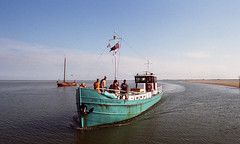 Vlieland (neilsonabeel) Tags: nikonfe2 nikon nikkor film analogue netherlands vlieland boat ocean
