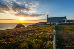 Just close your eyes face to the sun (Cuong Du) Tags: bretagne cledencapsizun coucherdesoleil finistere pointduvan sunset landscapes landscapeslover sunetlover sunsetphotography beautifuleplace beautifuldestination eglise church