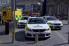 City Street Life (Terry Kearney) Tags: merseysidepolice cars car vehicle ambulance people emergencyservices merseysideemergencyservices architecture buildings canoneos1dmarkiv daylight day explore england europe kearney liverpool merseyside oneterry outdoor terrykearney urban 2018 road building