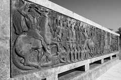'On Isso Battle' / by V Moustakas (Images George Rex) Tags: thessaloniki macedonia gr greece photobygeorgerex imagesgeorgerex alexanderthegreat alexanderiiiofmacedon vagelismoustakas evangelosmoustakas sculpture bucephalus μέγασαλέξανδροσ bw monochrome blackandwhite publicart bucephalos μεγασαλεξανδροσ αλεξανδροσομεγασ thermaicgulf θεσσαλονίκη macedoniagreece makedonia timeless macedonian macédoine mazedonien μακεδονια македонија