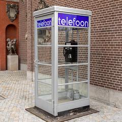 Telefoon box   The Rijksmuseum-95 (Paul Dykes) Tags: rijksmuseum museumofthenetherlands art gallery museum amsterdam netherlands nl holland noordholland doctorwho peterdavison fifthdoctor 5thdoctor season20 arcofinfinity
