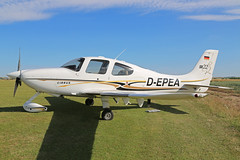 D-EPEA Cirrus SR-22 Fowlmere 08th July 2017 (michael_hibbins) Tags: depea cirrus sr22 fowlmere 08th july 2017 aircraft aviation aeroplane aerospace airplane air aero airfields civil private single prop props propeller general