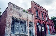 Abandoned but with Potential (Neal3K) Tags: georgia buckheadga bricks abandoned kodak ektar 100