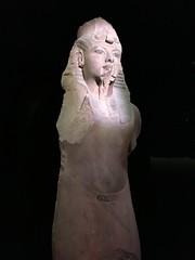 Tut (William Cullen) Tags: kingtut egypt lacountymuseum statues williamcullen tutankhamun