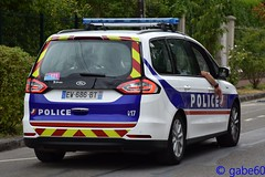 Police Nationale (rescue3000) Tags: ford galaxy police nationale national véhicule patrouille patrol vehicle gruau officiel tourdefrance tour france étape21 étape voiture official