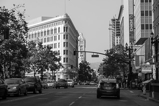 Oakland Downtown (Film Simulation: ACROS)
