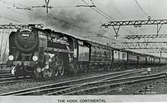 Britannia 70042 : Hook Continental : 1950's (Brit 70013 fan) Tags: 70042 lordroberts thehookcontinental boattrain train railway railways britishrailways greateastern parkestonquay harwich britannia standard rppc postcard