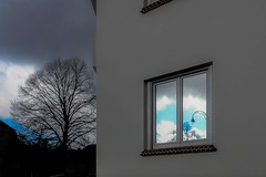 It's a kind of Magritte (Hugues D) Tags: streetphotography reflection sky surreal brussels