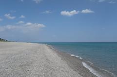 altra spiaggia stesso mare (Alberto Cameroni) Tags: calabria marionio lucrezio leica leicaxtyp113 monasteracemarina
