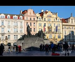 Jan Hus Memorial, Old Town Square (amandia) Tags: janhus memorial oldtownsquare prague czechrepublic praha czechia statue hdr canon eos80d