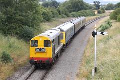 D8137 Class 20 (Roger Wasley) Tags: d8137 class20 class117 railcar gwr gwsr gloucestershire warwickshire steam railway diesel locomotive trains railways gala dmu w51363 w59510 w51360