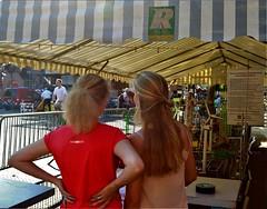 Dag Oude Brandweerwagen (Steenvoorde Leen - 8.5 ml views) Tags: 2018 doorn utrechtseheuvelrug dagvandeoudebrandweerwagen feuerwehr firebrigade brandweer brandweerdoorn rvu girls paardenstaart pferdeschwanz ponytail longhair doornevent utrechtseheuvelrugevent brandbil dedagvandeoudebrandweerwagen pomiers coladecabello quedecheval horsetail equiseto schachtenhalm hastvans