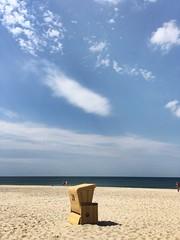 Facing the storm (dolphy2012) Tags: nordfriesland friesland nordsee schleswigholstein chillax chill entschleunigen fun beach regen rain heis hot 6s summer sun storm relax iphone goodtimes strandkorb sylt seaside