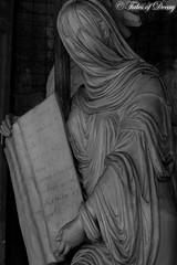 Bologna, Cimitero Monumentale della Certosa di Bologna (Sven Kapunkt) Tags: begraafplaats bologna italia italy italien cimetière cemetery cemeteries friedhof friedhöfe gräber grab graveyard grabmal gothic grabstätte angel engel