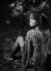 Valentina Bodden (01_0120BW) (ronnie.savoie) Tags: africanamerican black noir negra woman mujer chica muchacha girl pretty guapa lovely hermosa browneyes ojosnegros brownskin pielcanela portrait retrato model modelo modèle smile sonrisa sandybay roatan roatán honduras hondureña catracha bayislands islasdelabahía diaspora africandiaspora
