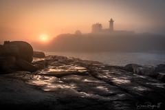 Food for the Soul (Simmie | Reagor - Simmulated.com) Tags: 2018 capeneddick dawn fog july lighthouse maine mist nubblelighthouse sohierpark summer sunrise yorkbeach rockybeach water