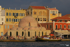 As a snapshot of past... (Κώστας Καϊσίδης) Tags: snapshot chaniaoldport chaniaoldtown chaniavenetianport old town oldport oldstory sky sea boat crete chania mediterranean greece hellas visitgreece scene scenery houses architecture architecturaldetails sunlight sunsetlight