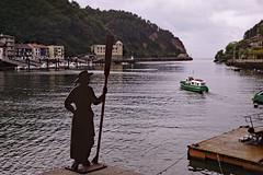 Pasai donibane (Jesus Castañeda del Moral) Tags: pasai donibane guipuzcoa basque vasco mar puerto pesca remo barco euskal herria euskadi