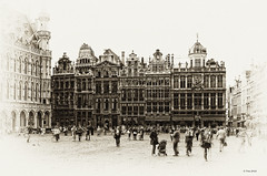 The Grote Markt, Brussel BE antique #2 (Oudje1955) Tags: brussel antique architecture attraction belgium square tourism cityscape cityhall vignetting nik schalk canon canon40d sigmalenses