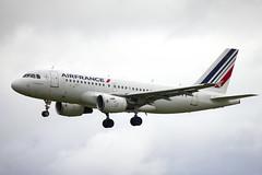 F-GRHL | Air France | Airbus A319-111 | CN 1201 | Built 2000 | DUB/EIDW 23/03/2018 (Mick Planespotter) Tags: aircraft airport dublinairport 2018 nik sharpenerpro3 fgrhl air france airbus a319111 1201 2000 dub eidw 23032018 a319 collinstown