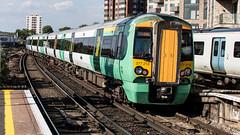 377213 (JOHN BRACE) Tags: 2002 bombardier derby built electrostar 377213 southern livery east croydon station