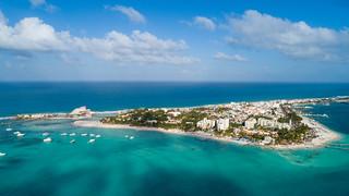Luftbild der Isla Mujeres in Mexiko
