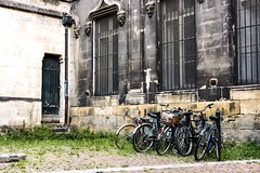 Bordeaux - City of spontaneous art (Califfoto) Tags: gironde aquitaine bikes europe color califfoto france antique old church bike bicycles bordeaux