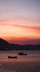 (gabrielabragaa) Tags: sunset muretadaurca urca riodejaneiro rj sky colors boat barco lights